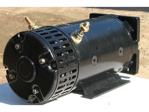 Лёгкий мотор постоянного тока для лёгкого наземного и надводного...