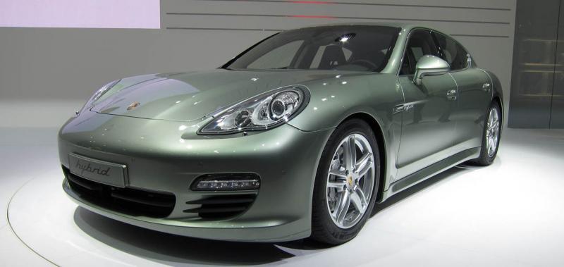 Porsche Panamera S Hybrid на Женевском автосалоне