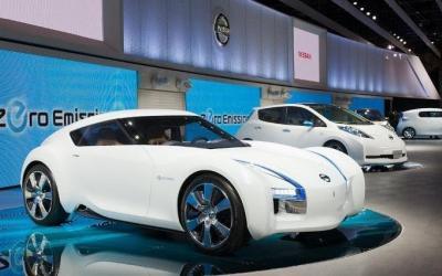 Электромобиль Nissan ESFLOW на Токийском автосалоне 2011